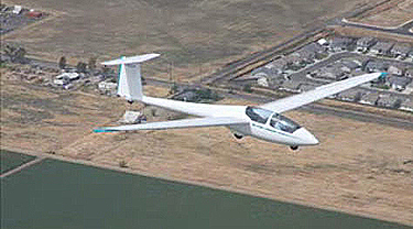 Student Solo Pilot in ASK-21